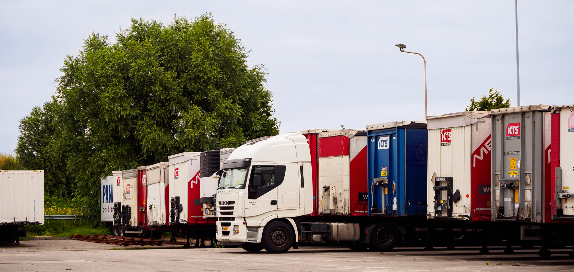 Truck and trailers in a fleet
